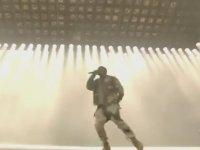Kanye West'in Beyin Yakan Bohemian Rhapsody Performansı