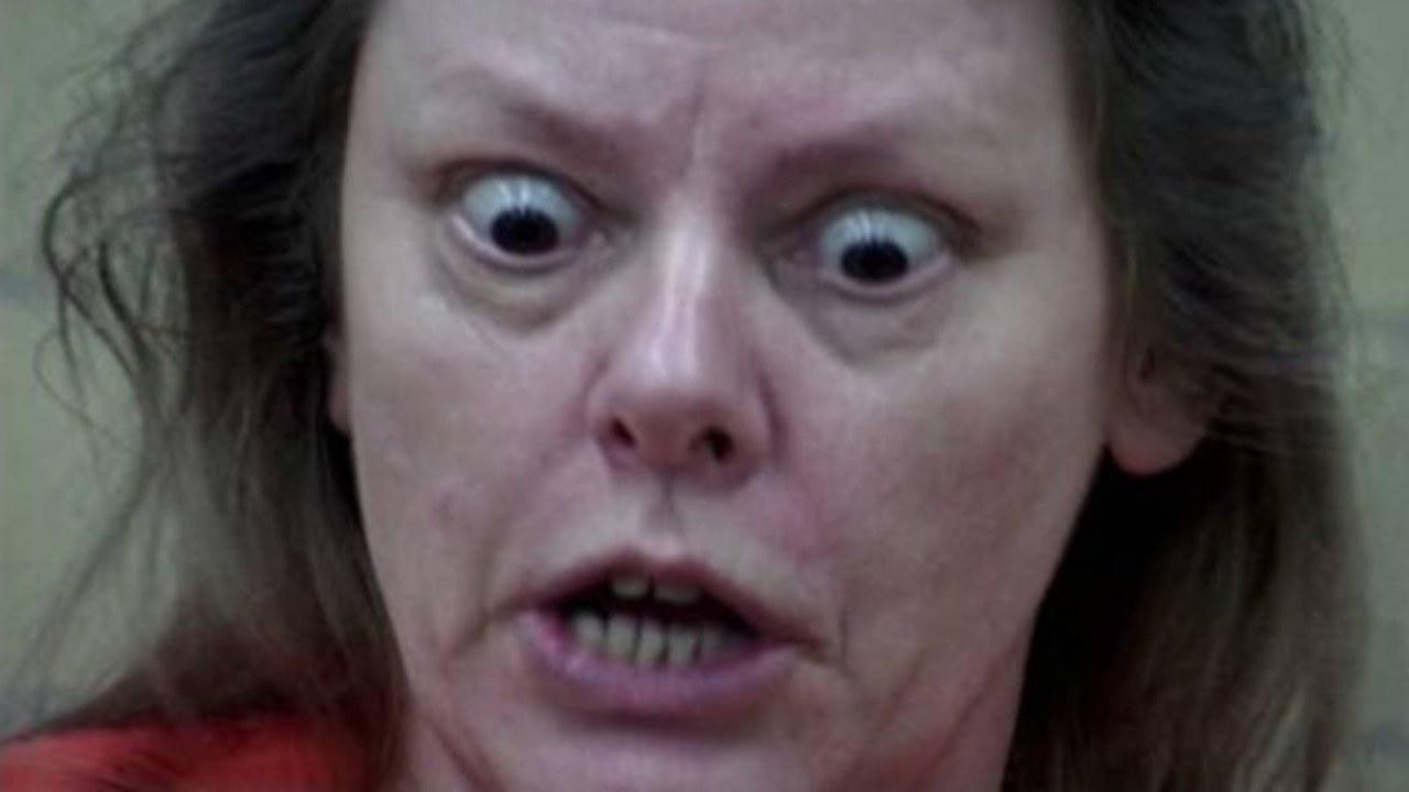 того самые красивые женщины-убийцы в истории фото видео навозного жука также