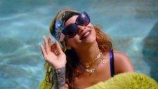 Rihanna - Bitch Better Have My Money (Explicit)