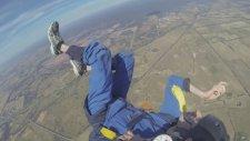 Paraşütle Atlayıp Kriz Geçirmek