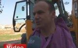 Kepçe ile Traş Yapan Adam Adana'da Sıradan Bir Gün