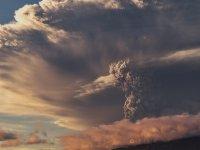 4K Görüntü Kalitesi ile Volkanik Patlama