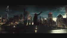 Batman v Superman Adaletin Şafağı 2. Fragman izle