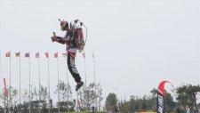Çin'de İlk Başarılı Jetpack Uçuşu Gerçekleşti