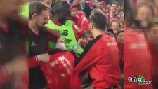 Liverpool'lu Yıldız Taraftar Oldu
