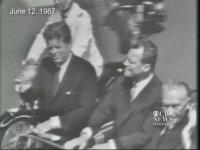 Ronald Reagan -  Bay Gorbaçov, Bu Duvarı Yıkın!