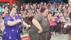 Mezdeke Teyzelerin Genç Kızla Dans Kapışması Roman Düğünü