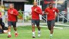 Sneijder Basın Mensuplarını Fırçaladı
