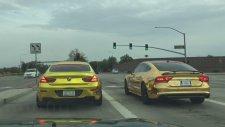 Altın Kaplama Arabaların Kapışması