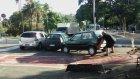 Yoluna Park Eden Arabayı Hunharca Kaldıran Adam
