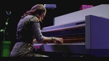 Nintendo Temalı Piyanoda Super Mario Bros Müziğini Çalmak
