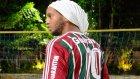 Ronaldinho frikik çalışıyor