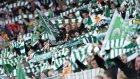 Celtic taraftarlarından çılgın dans