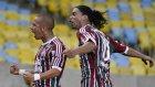 Ronaldinho sahaya ayak bastı