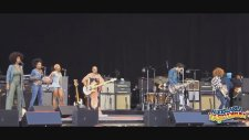 Lenny Kravitz'in Büllüğüyle Başının Dertte Olması ( 18)