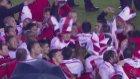 River Plate Taraftarlarından Çılgın Kutlama