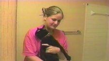 Banyo Yapacağını Anlayınca Dile Gelen Kedi