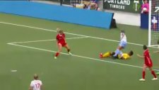 Kadınlar Futbolu Bıraksa Mı...