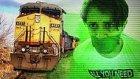Tren Gelirken Ray Üzerinde Kamyonda Kilitli Kalmak (Şaka İçerir)