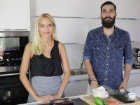Ev Yapımı Sushi Nasıl Yapılır - İdil Tatari & Barlas Günebak