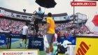 Sırp Tenisçi Djokovic'ten 'Kortta Esrar İçildi' Şikayeti