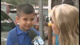 İlk Okul Gününde Annesini Aşırı Özleyen Çocuk