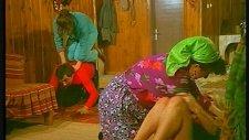 Baryam Evde Dansözle Basılır