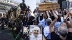 Mafya Babasına İtalya'da Filmleri Aratmayan Cenaze Töreni