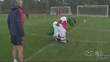 Arsenal'in yıldızlarından baş döndüren penaltı
