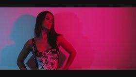 Jia Miles - Everybody