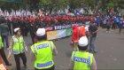 Endonezya'da işçilerden eylem