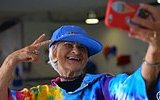 Instagram'ın 87 Yaşındaki En Yaşlı Genci Baddie Winkle