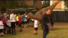Korku Yaşatan T-Rex