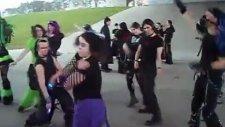 Manyakça Bir Dans Alternatifi