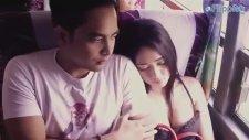 Otobüste Uyuyan Seksi Kız Yanına Oturma Sorunsalı
