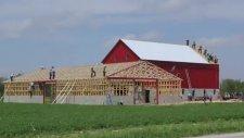 Amish (Amiş) Topluluğunun Bir Günde Çiftlik Yapması