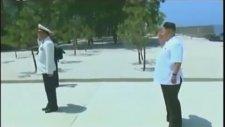 Kim Jong'un Deniz Kuvvetleri'ni Sabahtan Akşama Kadar Yüzdürmesi