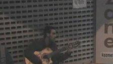 Sokak Gitarcısı - Aşkı Buldum Kaldırımda