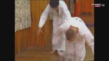Çarli ve Afakan'ın Karate Salonu Macerası