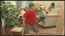 İyi Aile Robotu Babür - 1. Bölüm (2002)