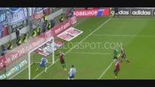 Ingolstadt - Bochum Maçında Direkte Seken Top