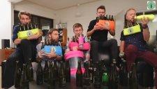 Şişelerle YMCA Çalmak - Bottle Boys