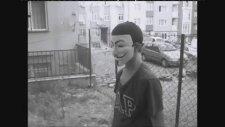 İlkokulluların V For Vendetta İle İmtihanı