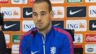 Sneijder'i hadım ettiler