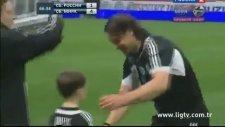 Dünyanın En Genç Futbolcusu Olmak - 5