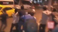 İstanbul'da Öcalan Sloganı Atan Hdp'liyi Dövdüler