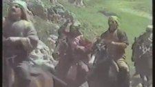 Ali Baba ve Kırk Haramiler - Kasım Kasım Asmak Lazım
