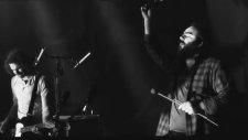 Korhan Futacı ve Kara Orkestra - Ben Gene Sana Vurgunum