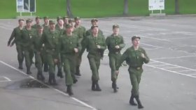 Barbie Girl Şarkısı İle Eğitim Yapan Rus Askerleri