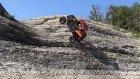 Modifiyeli Araba İle Düz Kayaya Tırmanmak